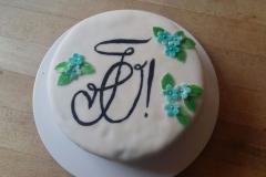 Eine wunderschöne (und leckere) Torte mit unserem Zirkel